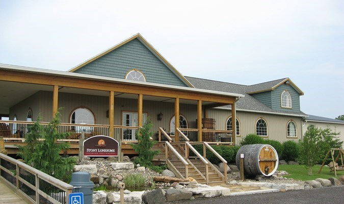 Three Brothers Wineries  Estates