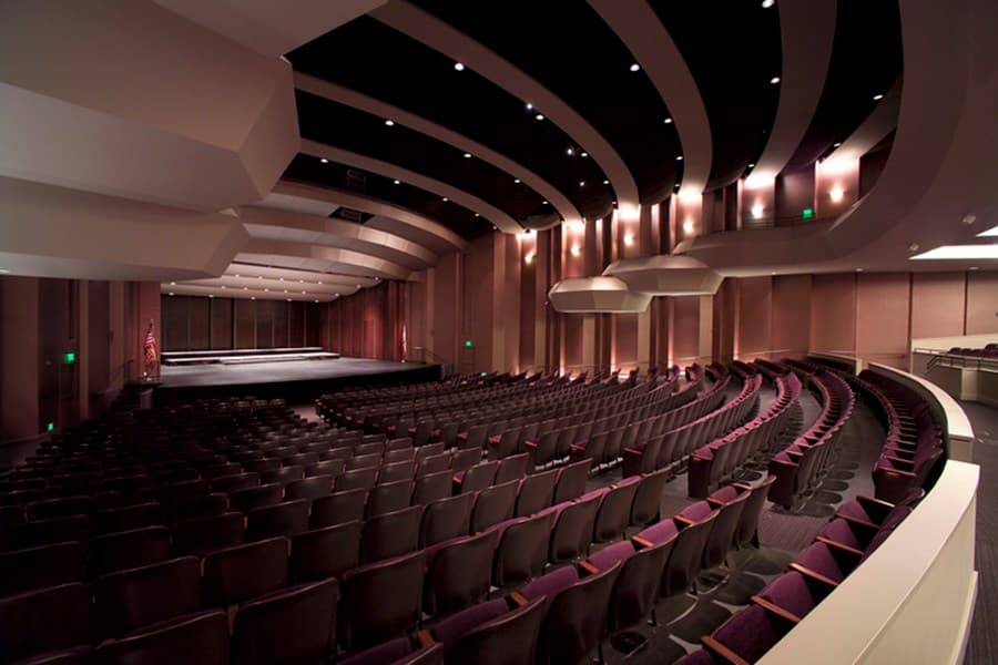 A gallery image of Lincoln Theater from CellarPass