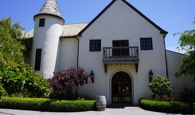 Folktale Winery  Vineyards