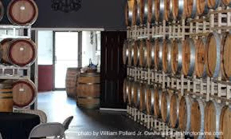 A gallery image of Barrage Cellars from CellarPass