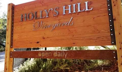 Hollys Hill Vineyards