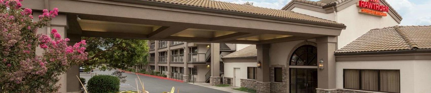 Hawthorn Inn & Suites by Wyndam Napa Valley