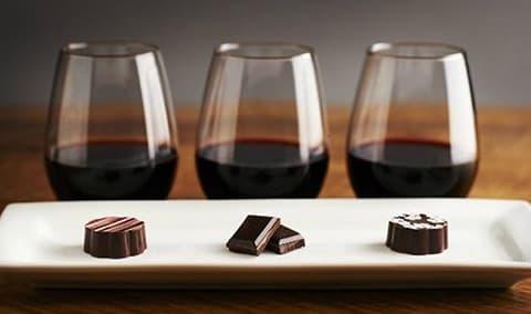 Wine and Cioccolato Image