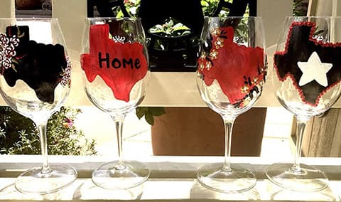 Custom Wine Glass Painting Image