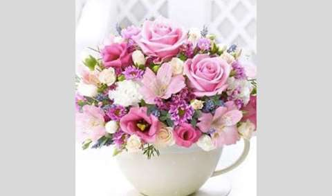 Wine  Design Tea Cup Valentine Bouquet Image