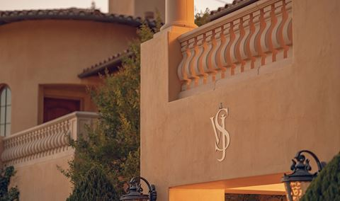 A Tuscan Afternoon at the Villa